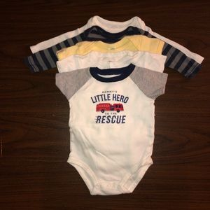 Baby boy clothes - 6 to 12m - Lot 10 - Bodysuits